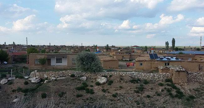 Konya'da 6 kişinin yaşadığı 2 ev koronavirüs nedeniyle karantinaya alındı
