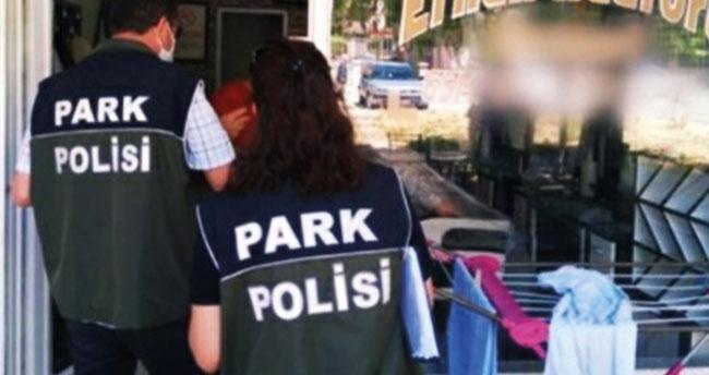 Konya'da koronavirüs tedbirlerine uymayan kuaförler de cezalardan nasibi aldı! 52 kişisel bakım salonuna 47 bin 450 lira ceza