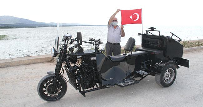 """Konya'da yaşayan Abdullah amcanın üç tekerli """"motor limuzini"""" ilgi çekiyor"""