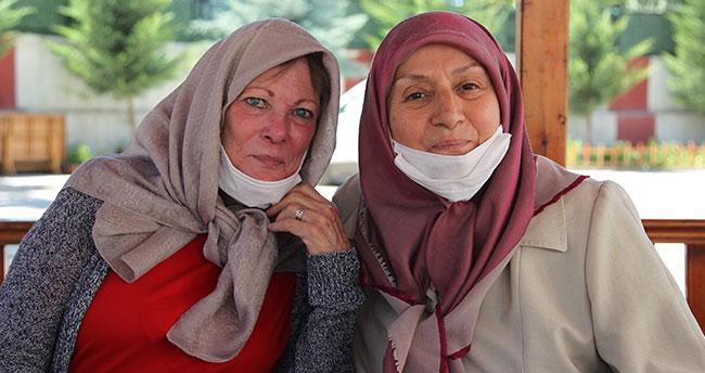 Müslüman Amerikalı emekli hemşire Konya'da yaşıyor