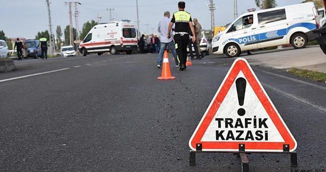 Karapınar'da otomobil devrilmesi sonucu 4 kişi yaralandı