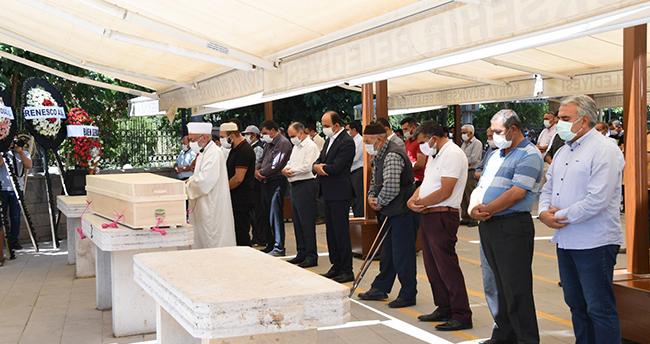 Çumra Belediye Başkanı Oflaz son yolculuğuna uğurlandı
