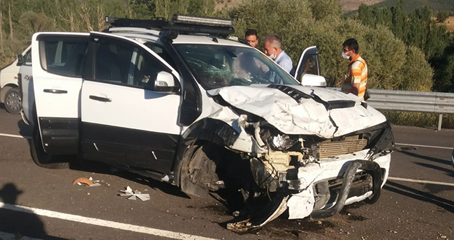 Seydişehir'de devrilen kamyonetin sürücüsü yaralandı
