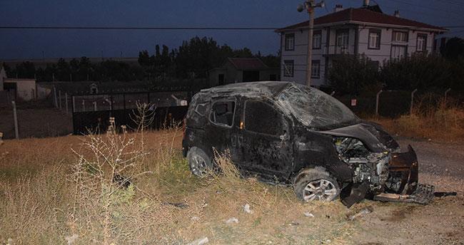 Konya'da hafif ticari araç takla attı: Sürücü ağır yaralandı