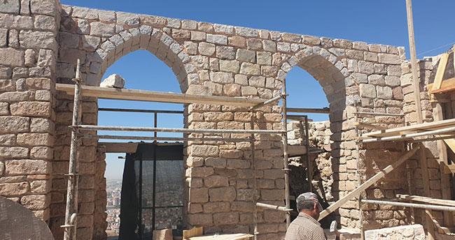 Konya Vakıflar Bölge Müdürlüğü tarafından restore ediliyor! II. Kılıç Arslan Türbesi turizme kazandırılacak
