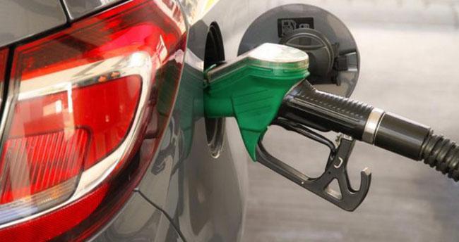Benzin ve motorine büyük zam yolda