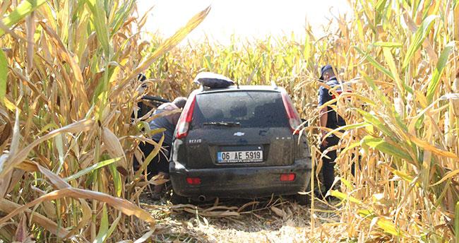 Karaman'da yoldan çıkan otomobil mısır tarlasına uçtu: 3 yaralı