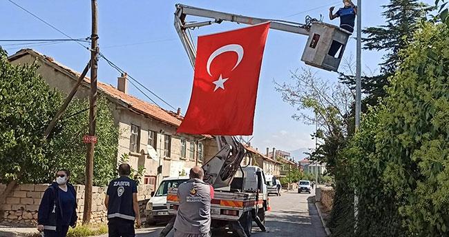 Trafik kazasında şehit olan Konyalı polisin ailesine acı haber ulaştı