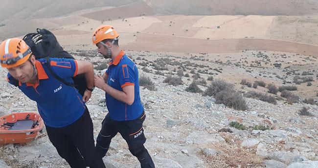 Dağda mahsur kalan vatandaşı Konya AFAD kurtardı