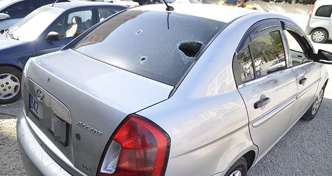 Konya'da otomobilde silahlı saldırıya uğrayan iki kişi ağır yaralandı! 2 şüpheli tutuklandı