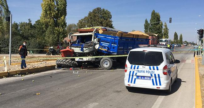 Konya'da traktör ile kamyon çarpıştı: 1 ölü