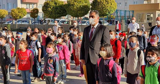 Başkan Ertaş'tan öğrencilere ziyaret