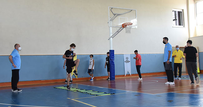 Büyükşehir Belediyespor geleceğin basketbolcularını arıyor