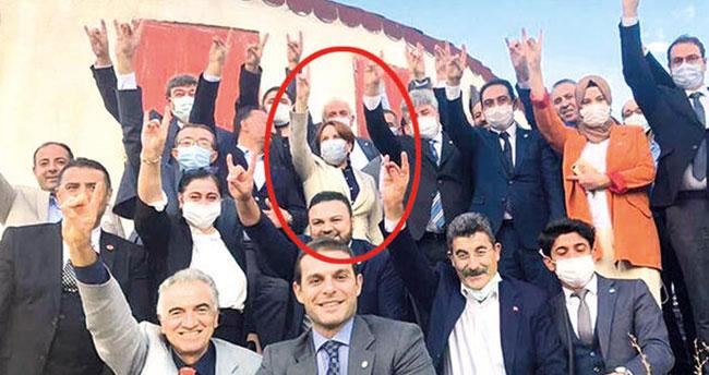 İYİ Parti ile MHP arasında 'bozkurt işareti' kavgası