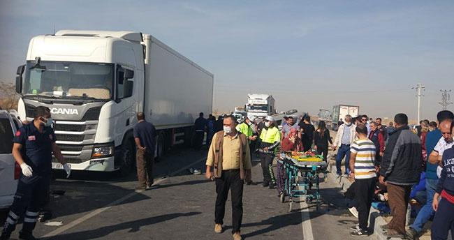 Konya'da trafik kazası: 2 ölü, 6 yaralı