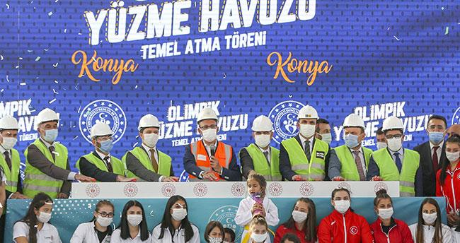 Bakan Kasapoğlu salonları açtı