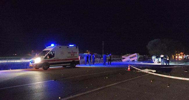 Konya'da feci kaza: Çekiciyle çarpışan traktörden düşen kişiye başka bir araç çarptı: 1 ölü, 2 yaralı