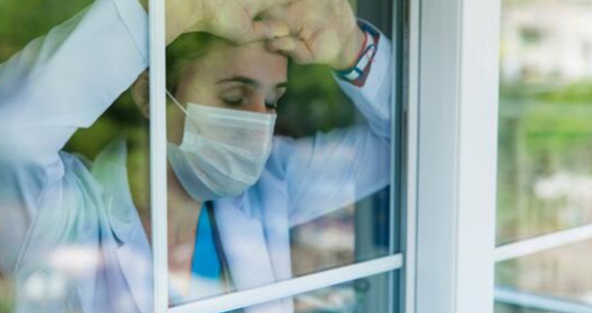 """Tıp dünyası endişeli: """"Böyle giderse memlekette cerrah kalmaz"""""""