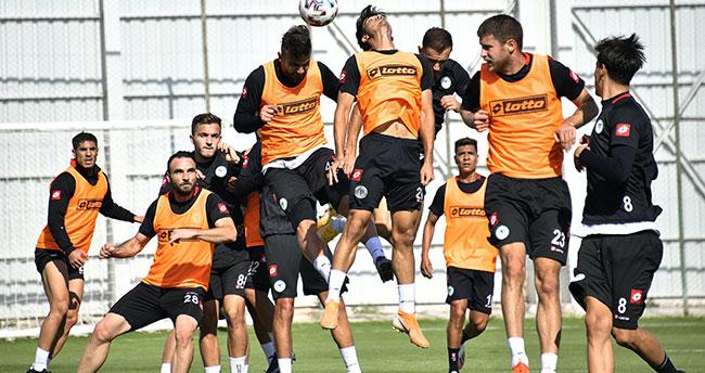 Konyaspor'un gözü Başakşehir'de