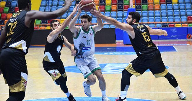 Konya Basket Mamak önünde