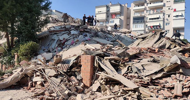 Bakan Soylu İzmir'de depreminde ilk bilançoyu açıkladı