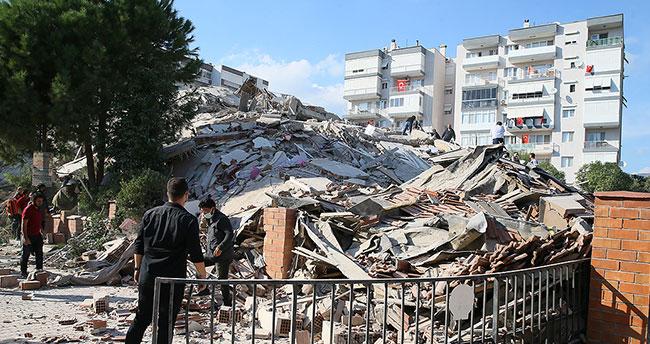 Konya'dan 12 kişilik arama kurtarma ekibi İzmir'e hareket etti