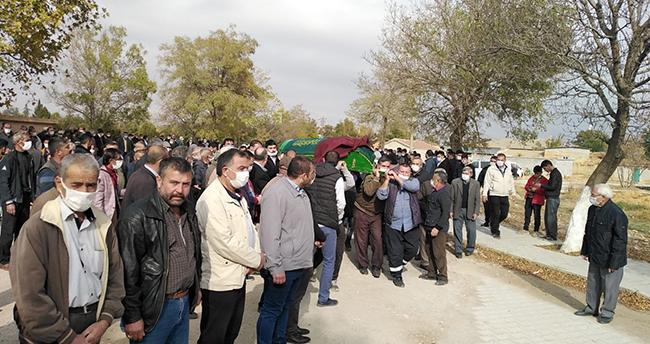 Konya'daki kazada ölen muhtarın cenazesi toprağa verildi