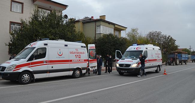 Konya'da traktörle otomobil çarpıştı: 2 yaralı