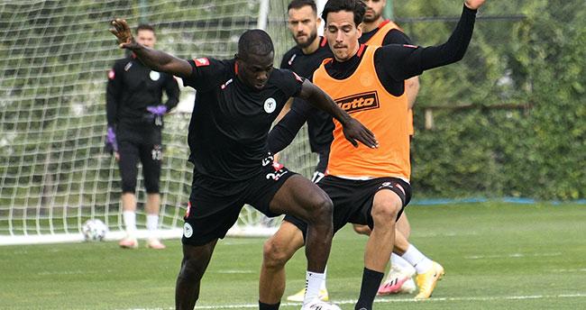 Konyaspor'da hazırlıklar sürüyor