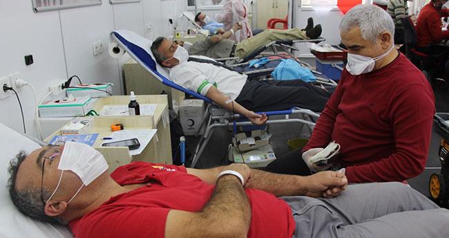 Seydişehir Belediye Başkanı Tutal kan bağışında bulundu