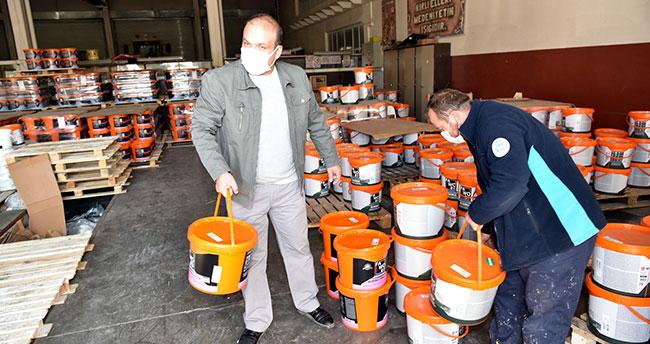 Selçuklu Belediyesinden okullara boya yardımı