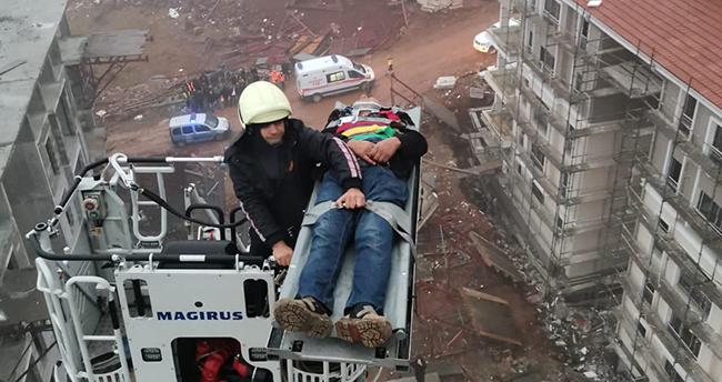 Konya'da vinçte mahsur kalan kişi kurtarıldı