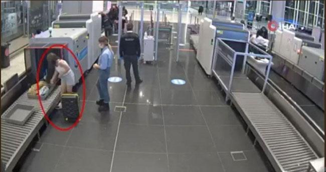 PKK şüphelisi kadın havalimanında yakalandı