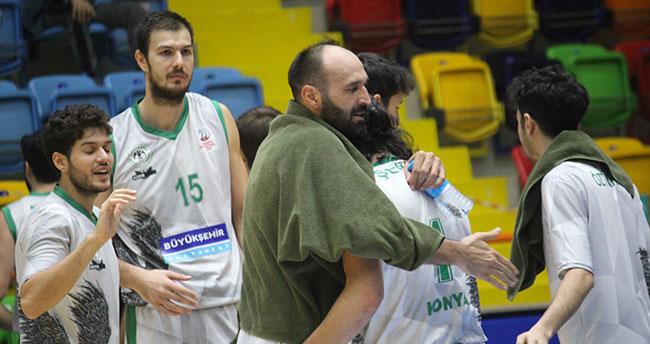 Konya Basket seriye bağladı