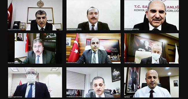 Sağlık Bakanı Koca, Konya'nın da aralarında bulunduğu 10 ilin sağlık müdürüyle salgınla mücadeleyi değerlendirdi