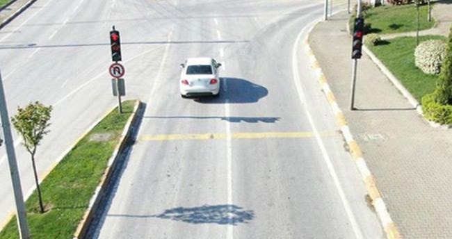 Trafik ışık ve işareti ihlali nedeniyle 195 araç trafikten men edildi
