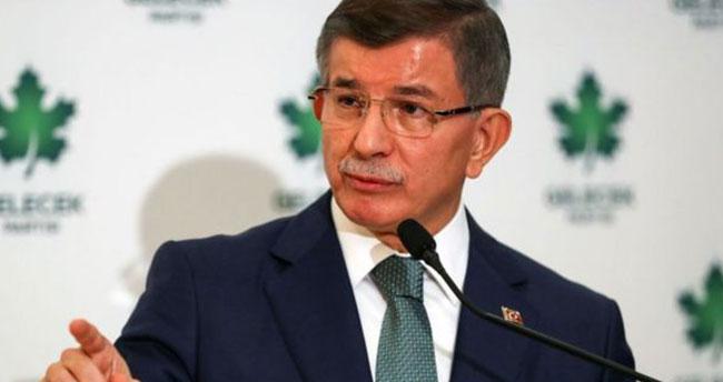 Ahmet Davutoğlu'nun da korona testi pozitif çıktı