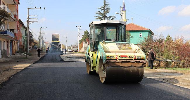 Konya Büyükşehir'den Doğanhisar'da asfalt çalışması