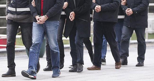 Konya merkezli 12 ilde FETÖ'nün TSK kripto yapılanmasına yönelik operasyon