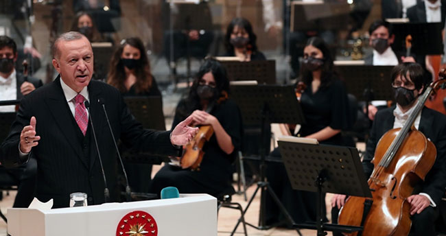 Cumhurbaşkanı Erdoğan: Türkiye kültür ve sanatta prangalarından kurtulmuştur