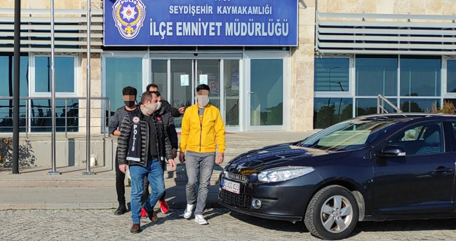 Konya'da uyuşturucu operasyonunda yakalanan 2 şüpheli tutuklandı
