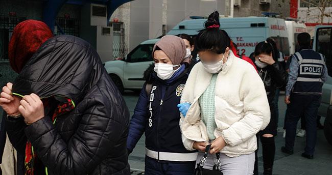 Konya'da fuhuş operasyonunda yakalanan 5 zanlı tutuklandı