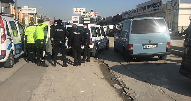 Konya'da çarptığı kadının ölümüne neden ehliyetsiz sürücüyü vatandaşın takibi yakalattı