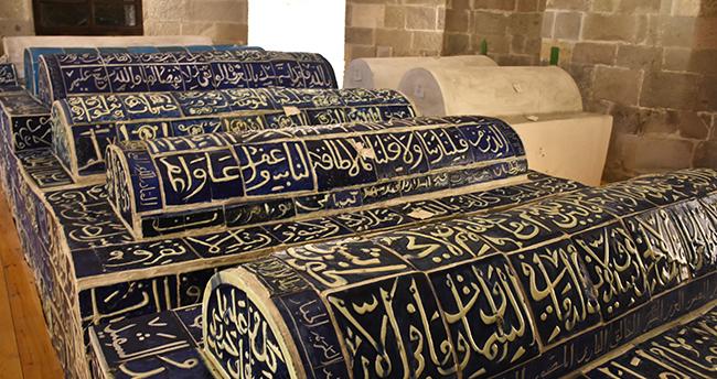 Anadolu Selçuklu sultanlarının Konya'daki sandukaları restore ediliyor