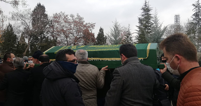 Kazada hayatını kaybeden gazete dağıtıcısı son yolculuğuna uğurlandı