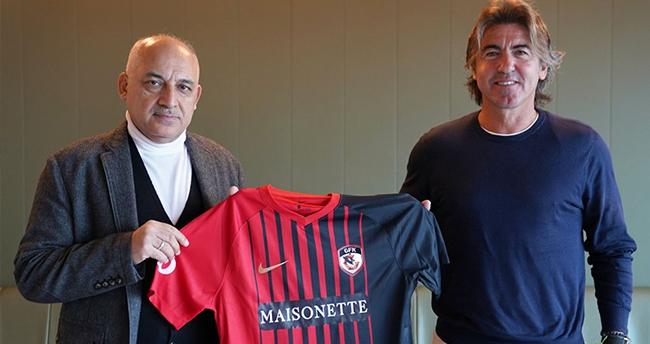 Gaziantep FK, Portekizli teknik adam Sa Pinto ile sözleşme imzaladı