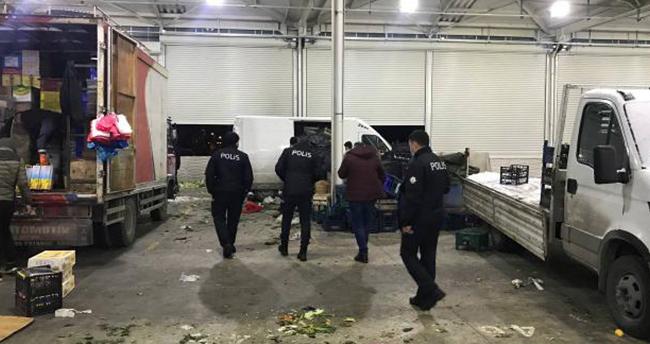 Konya'da pazarcı esnafı arasında çıkan ve bir kişinin öldüğü kavgayla ilgili 6 zanlı adliyeye sevk edildi