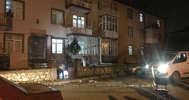 Konya'da çıkan kavgada karı koca evlerinin önünde öldürüldü