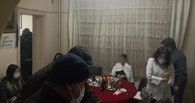 Adres: Konya! Polisi görünce gazinodan kaçıp başka adreste buluştular