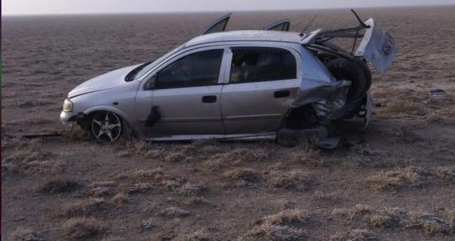 Konya'da kontrolden çıkan otomobil tarlaya uçtu: 3 yaralı